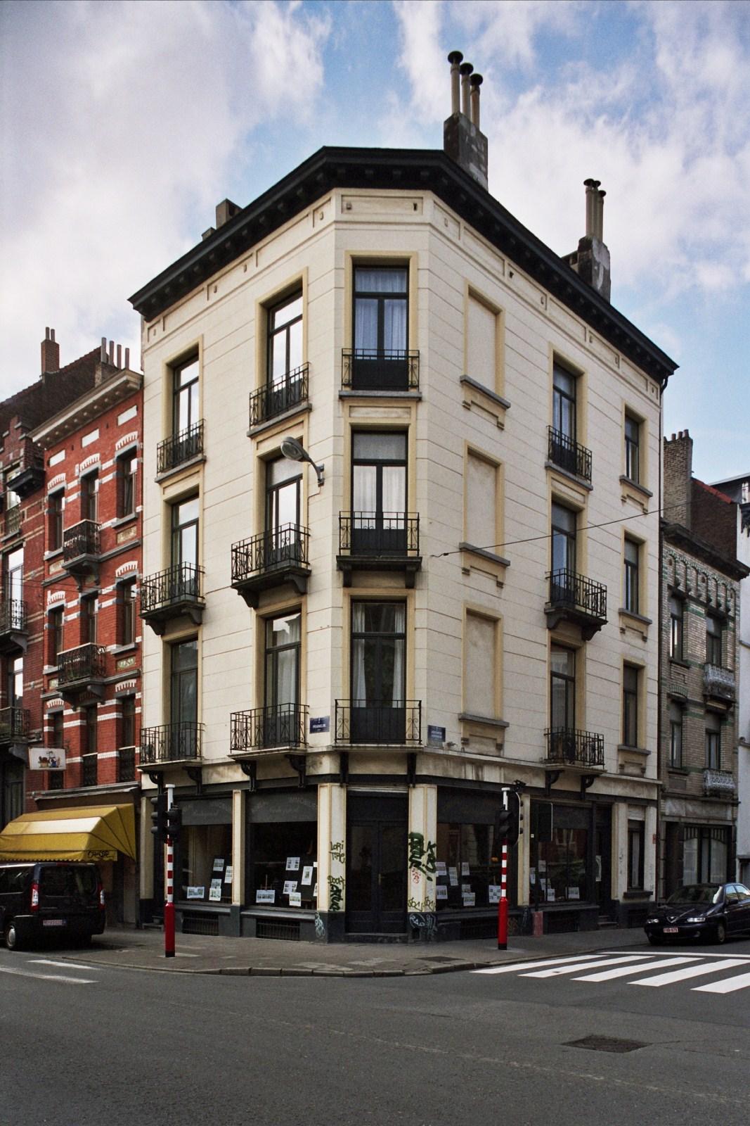 Rue Franklin 88-90, immeuble formant l'angle avec la rue Véronèse., 2008