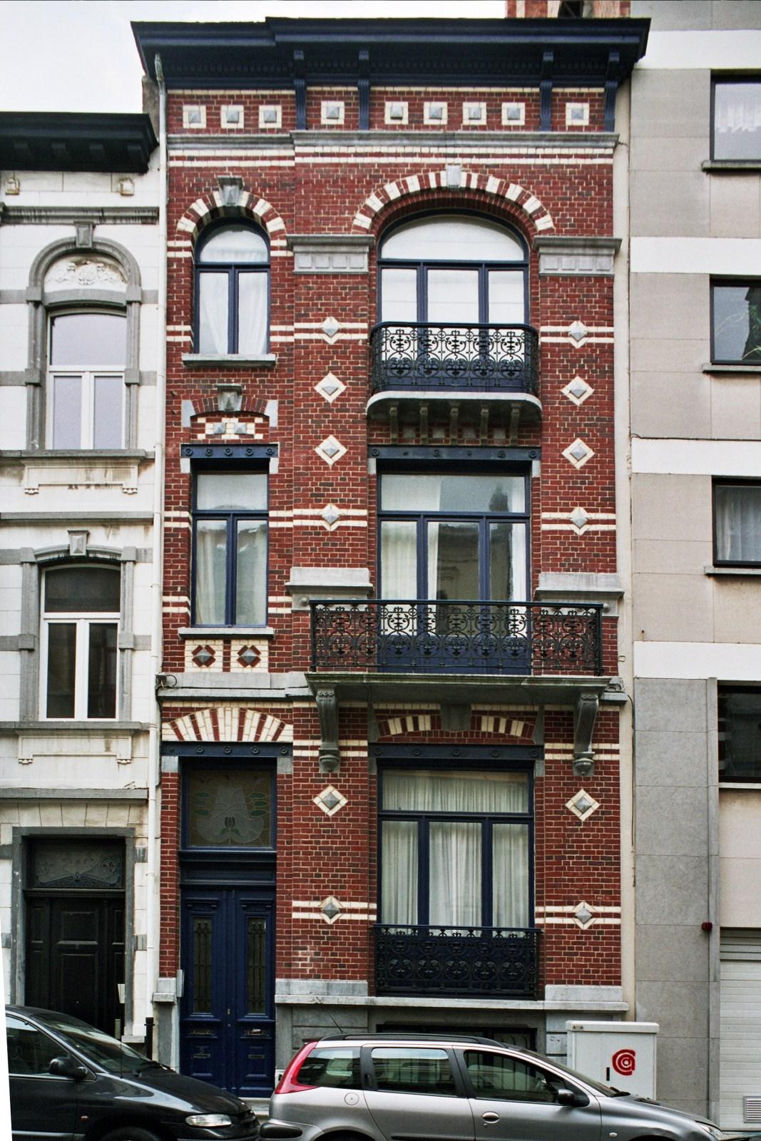 Rue Jenneval 5., 2007