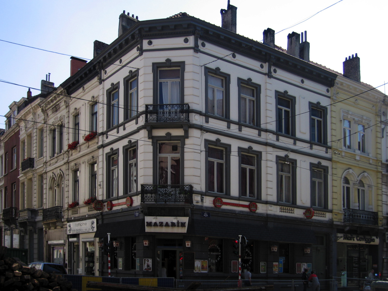 Rue du Bailli 24-26, 28 et rue de Livourne 125, 127., 2005