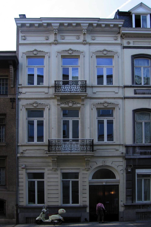 Rue Defacqz 16., 2005