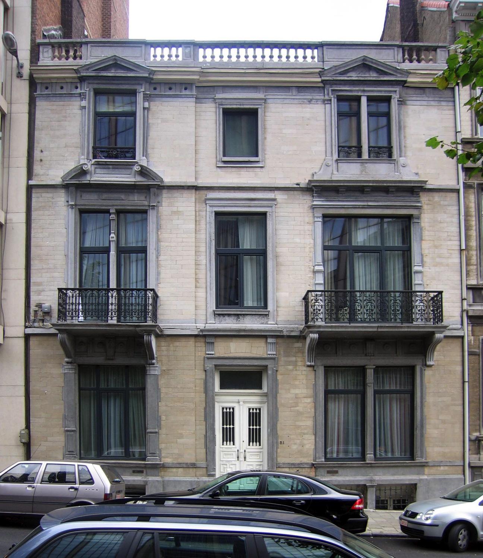 Rue Vilain XIIII 51., 2005
