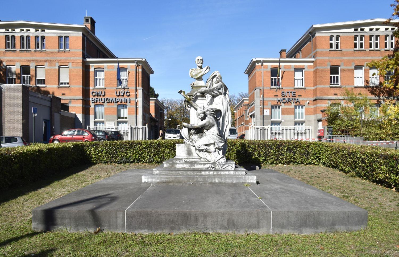 Arthur Van Gehuchtenplein, Monument voor Georges Brugmann© (© ARCHistory / APEB, 2018)