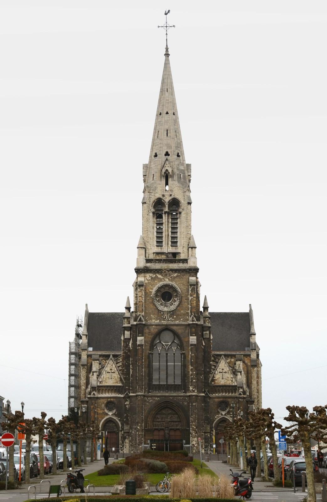 Chaussée de Haecht, Église Saint-Servais, façade principale, 2013