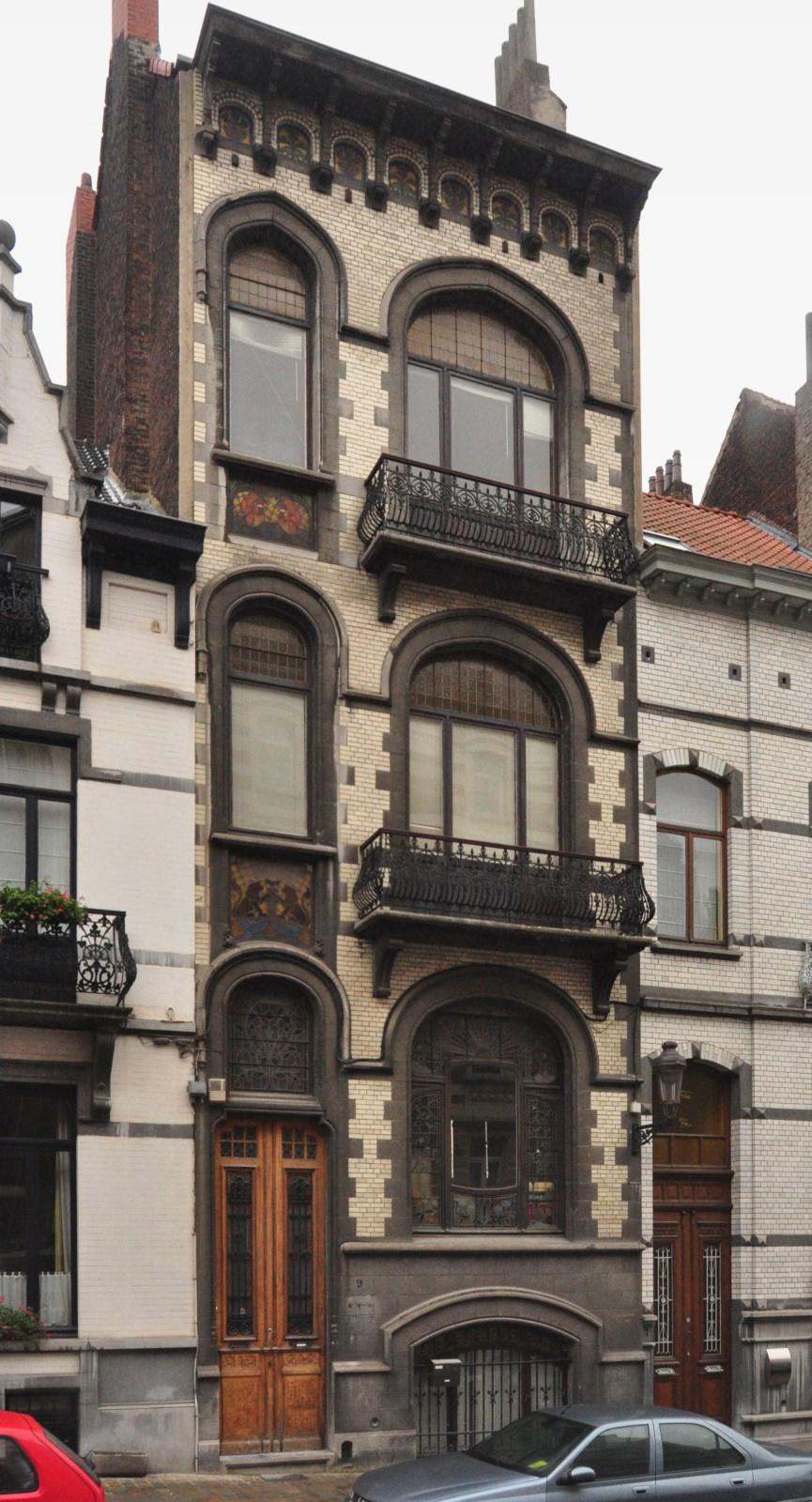 Rue Jenatzy 9, 2012