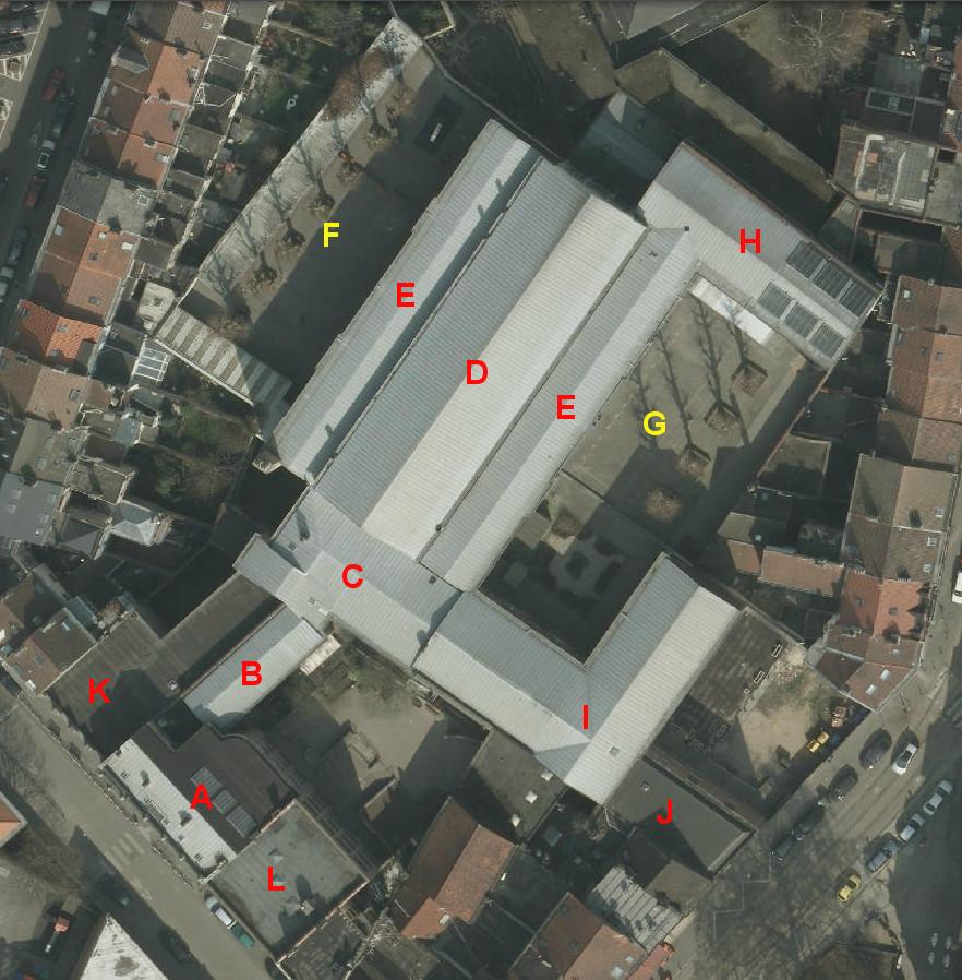 Rue Verwée 12, Athénée royal Alfred Verwée, vue aérienne légendée© (Bruxelles UrbIS ® © - Distribution : C.I.R.B., avenue des Arts 20, 1000 Bruxelles)