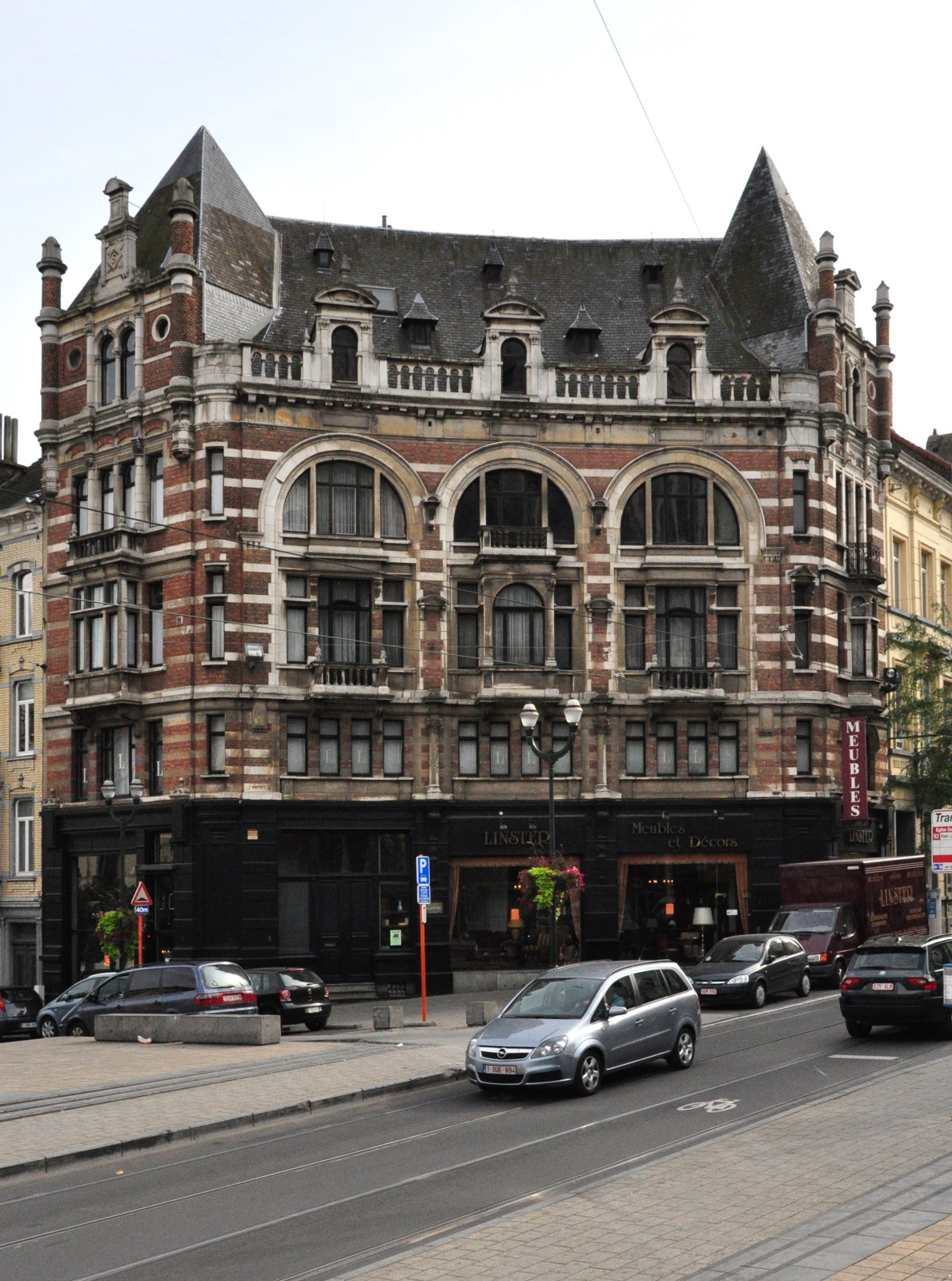 Avenue Louis Bertrand 1-3, 2012