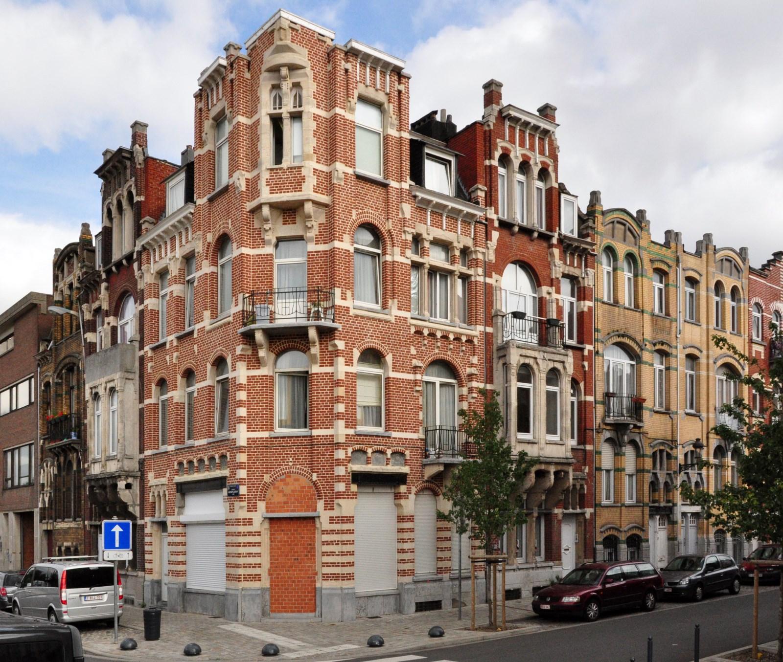 Avenue Mon Plaisir 75 à 71 et rue Maurice des Ombiaux 32 à 24-26, 2012