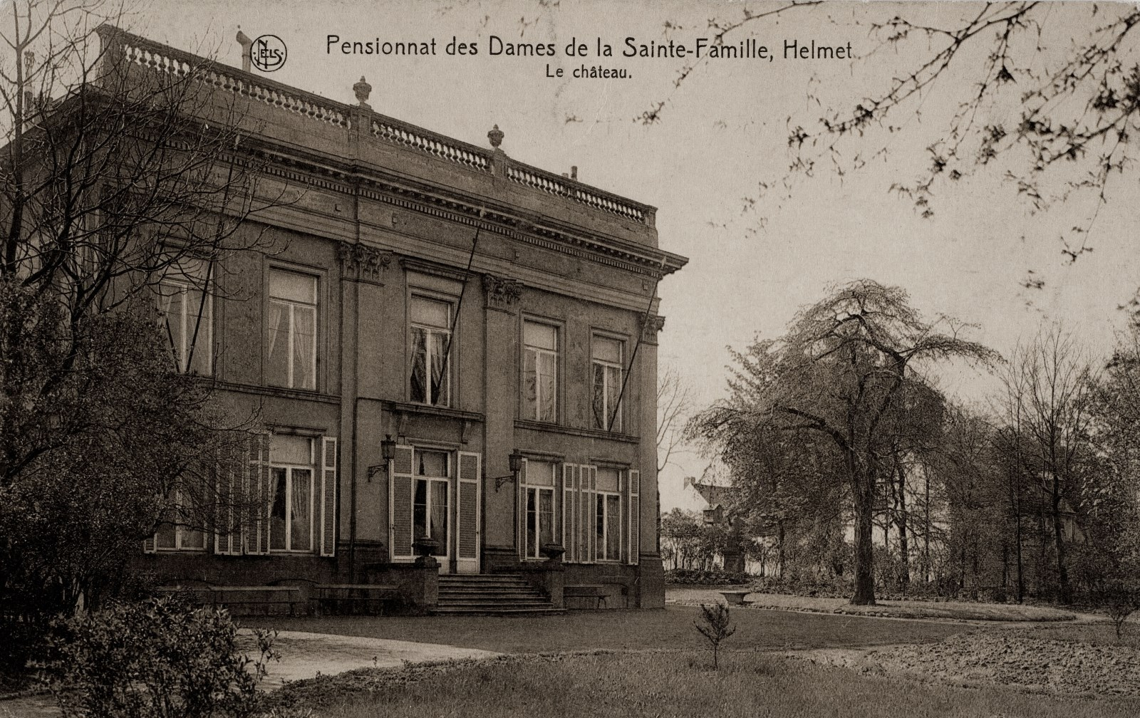 Institut de la Sainte-Famille d'Helmet, château, façade vers le parc © (Collection Dexia Banque-ARB-RBC)