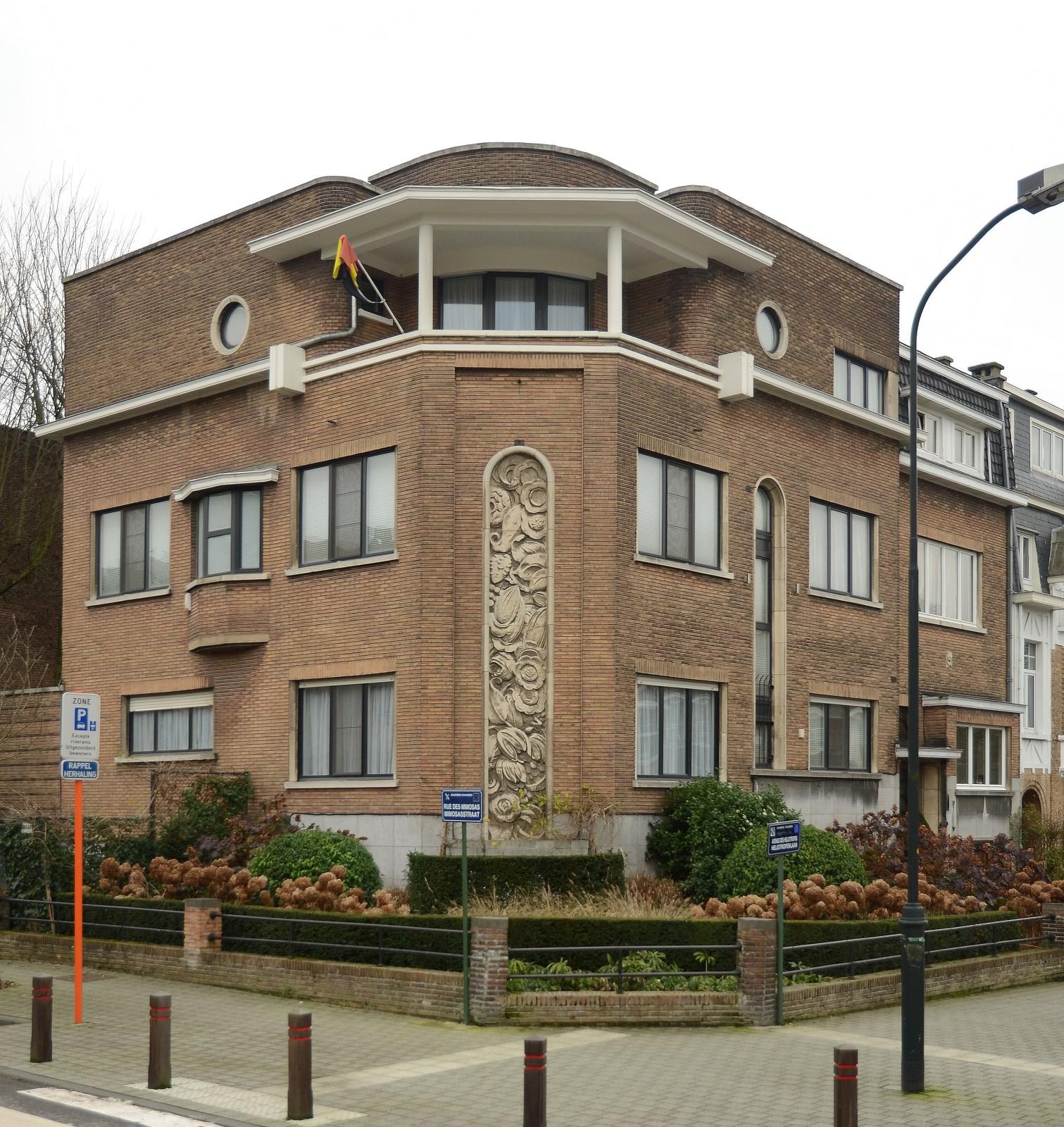 Mimosasstraat 55 en Heliotropenlaan 19, 2012