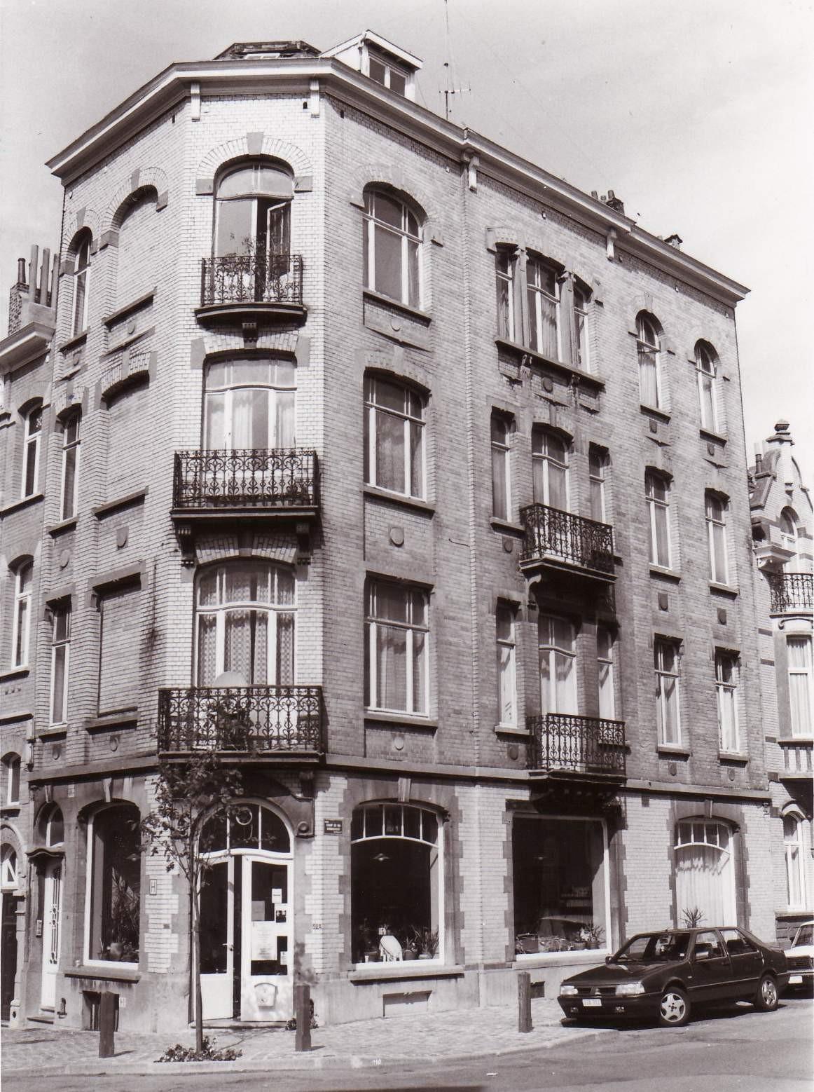 Boerenstraat 52a op hoek met Koningsveldstraat., 1993