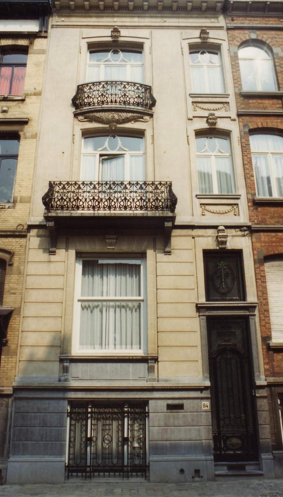 Rue Champ du Roi 84., 1994