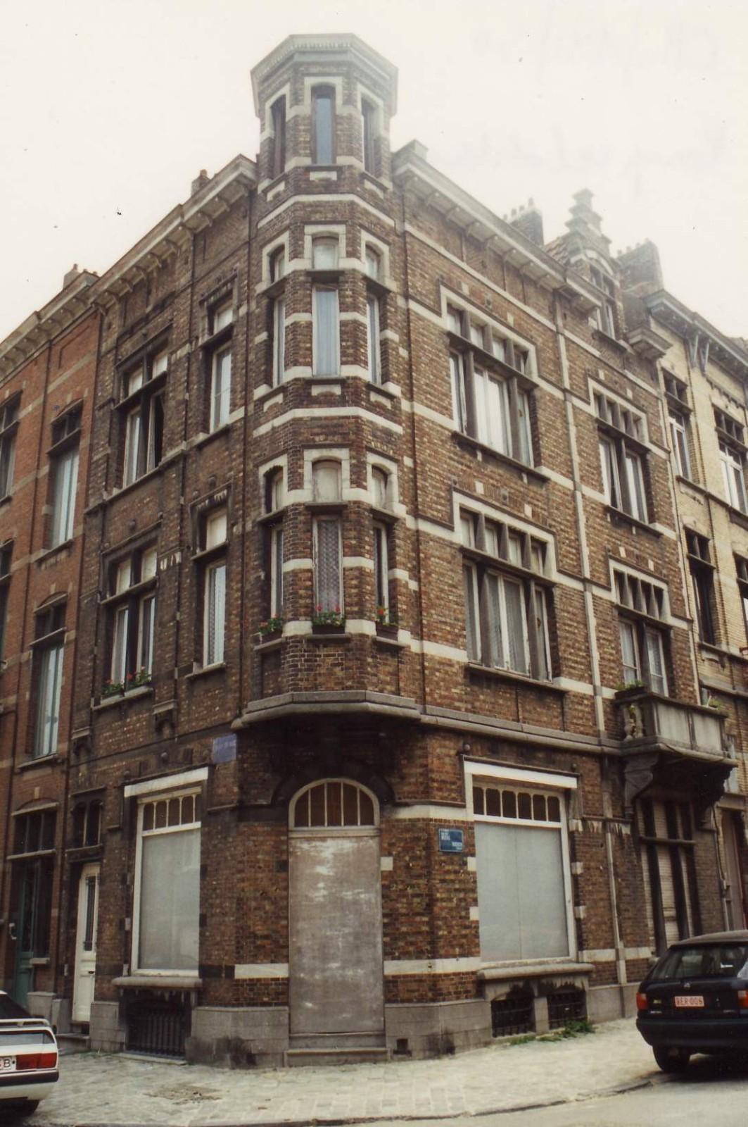 Rue Champ du Roi 131 au coin de la rue des Boers., 1994