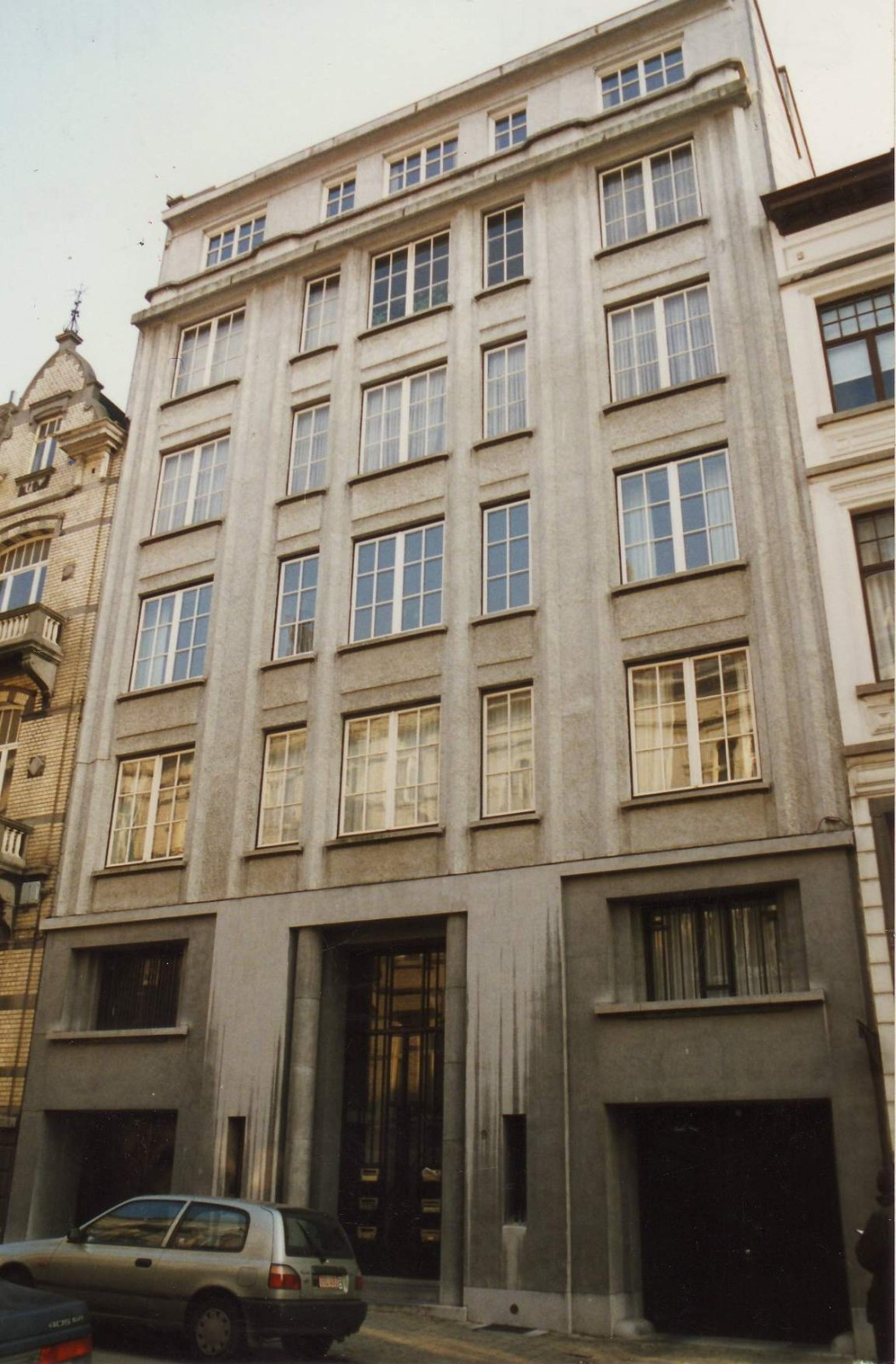 Rue d\'Oultremont 9., 1994