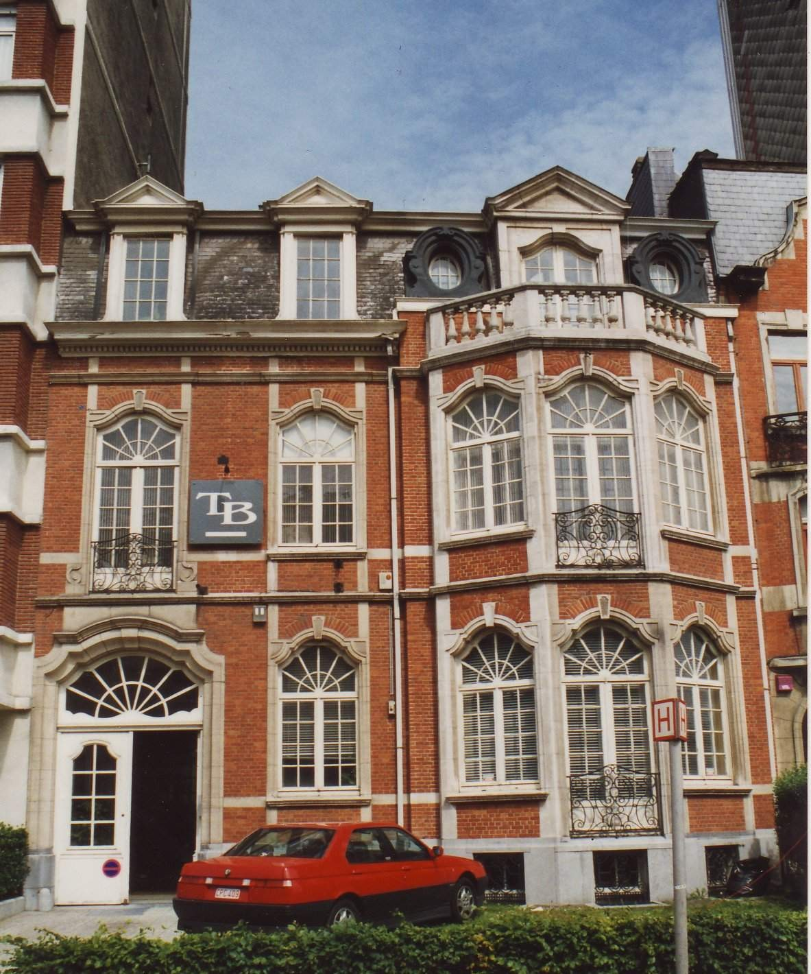 Boulevard Louis Schmidt 24., 1994