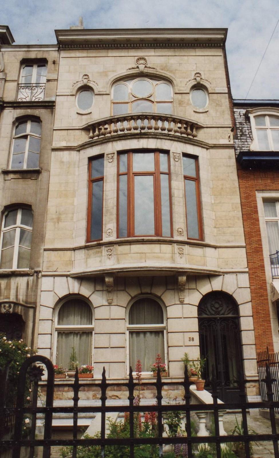 Boulevard Louis Schmidt 38., 1994