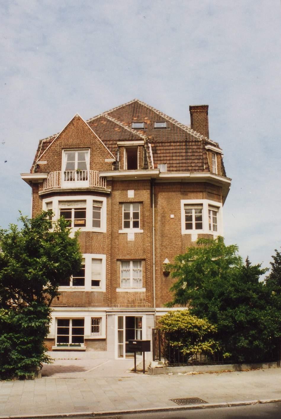 Boulevard Louis Schmidt 72., 1994