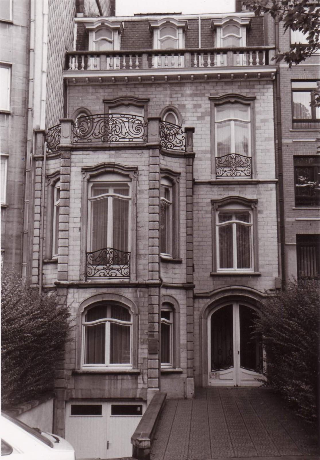 Boulevard Louis Schmidt 111., 1994