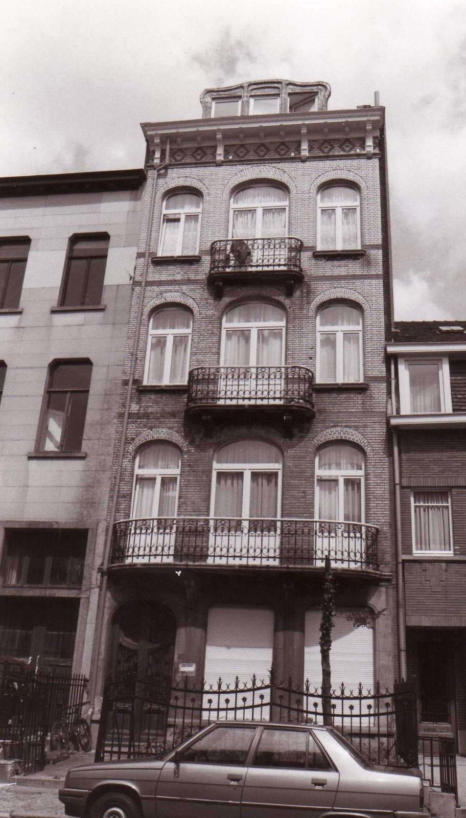 Avenue Nouvelle 20., 1994