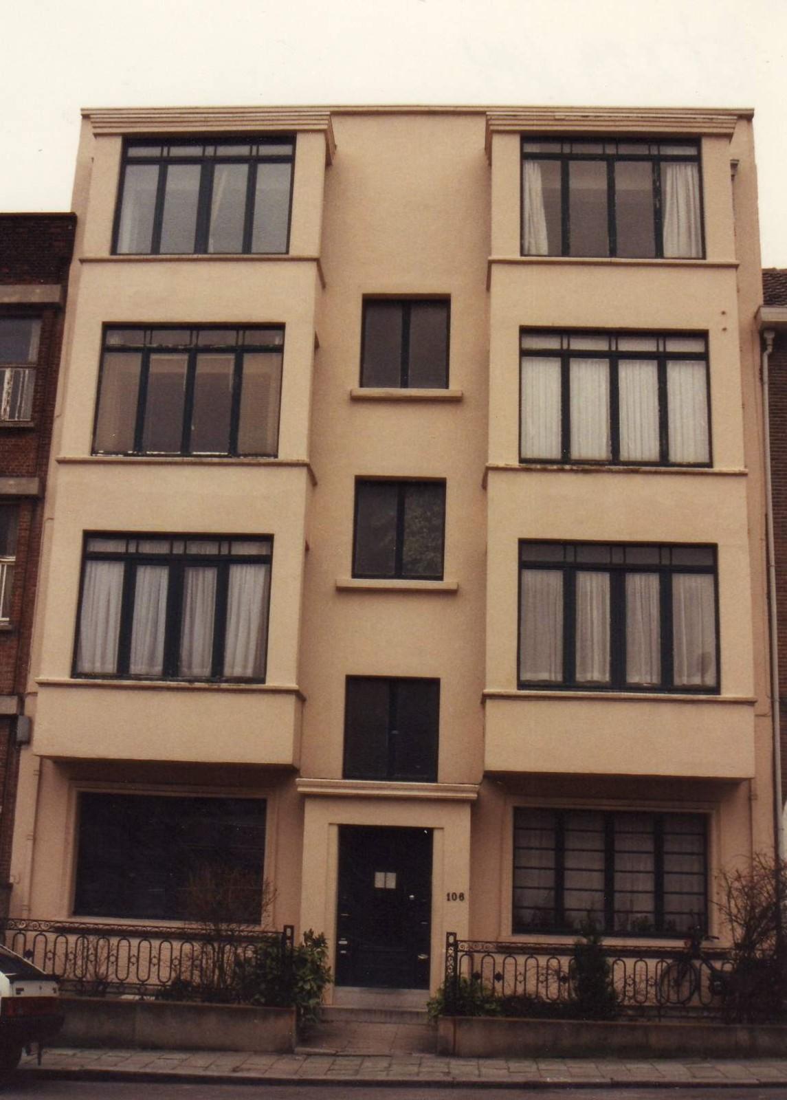 Avenue Nouvelle 106., 1994