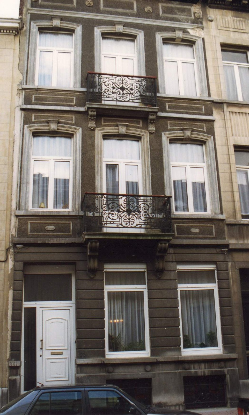 Rue de l\'Orient 25., 1993