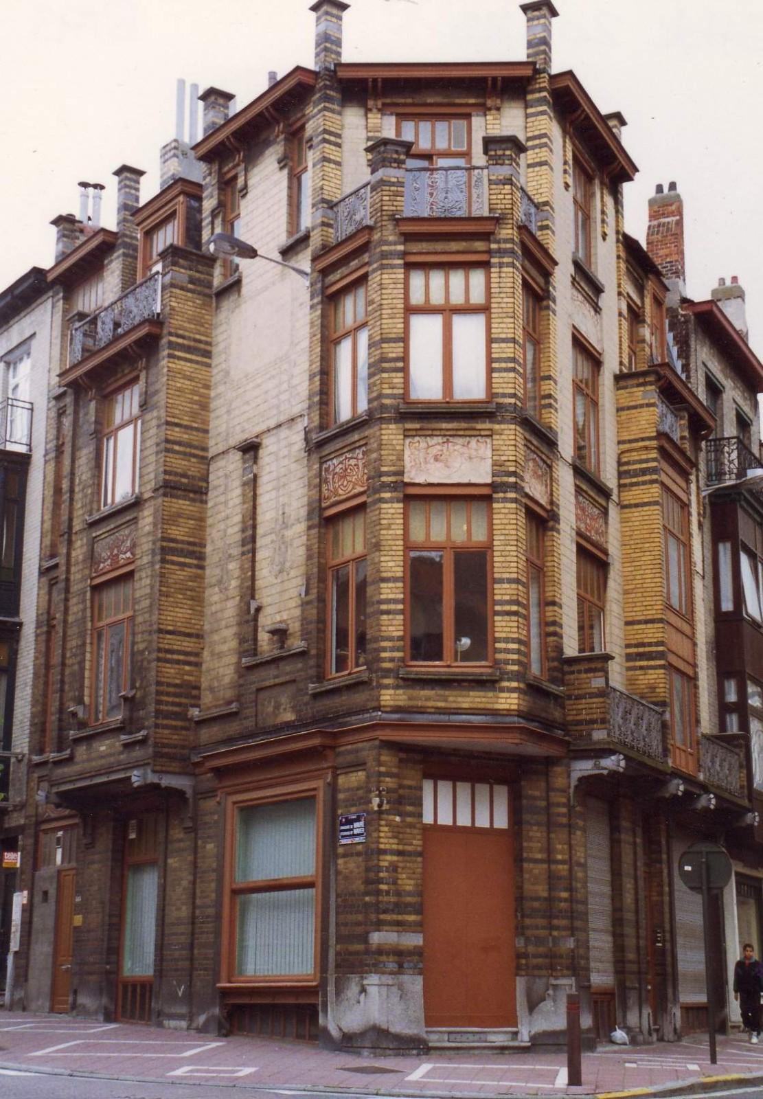 Rue Peter Benoit 2-4 - chaussée de Wavre 517-519., 1993