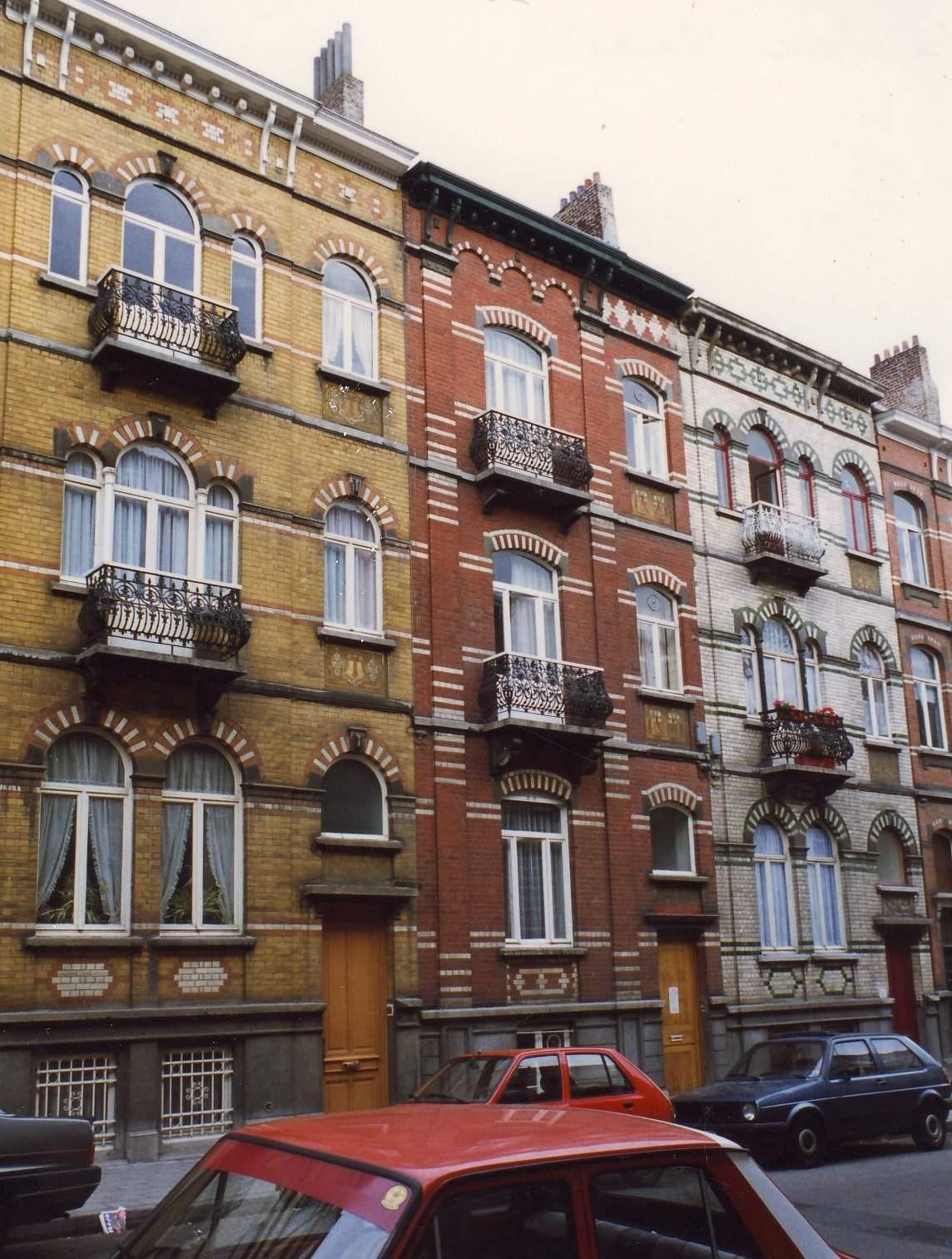 Rue Peter Benoit 21, 23 et 25., 1993