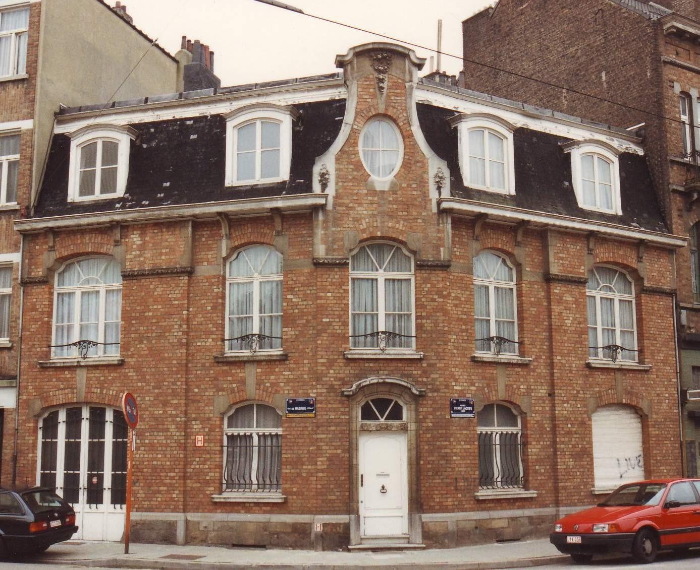 Victor Jacobslaan en de Haernestraat 101., 1993