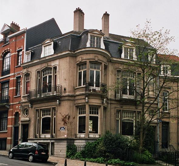 Place Leemans 18 et 176 rue Américaine., 2005