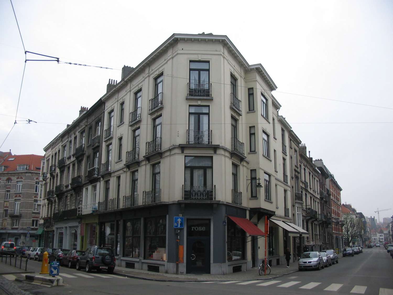 Rue de l'Aqueduc 56-58 et rue du Tabellion 12-14 et 16-18, vue de l'ensemble., 2006