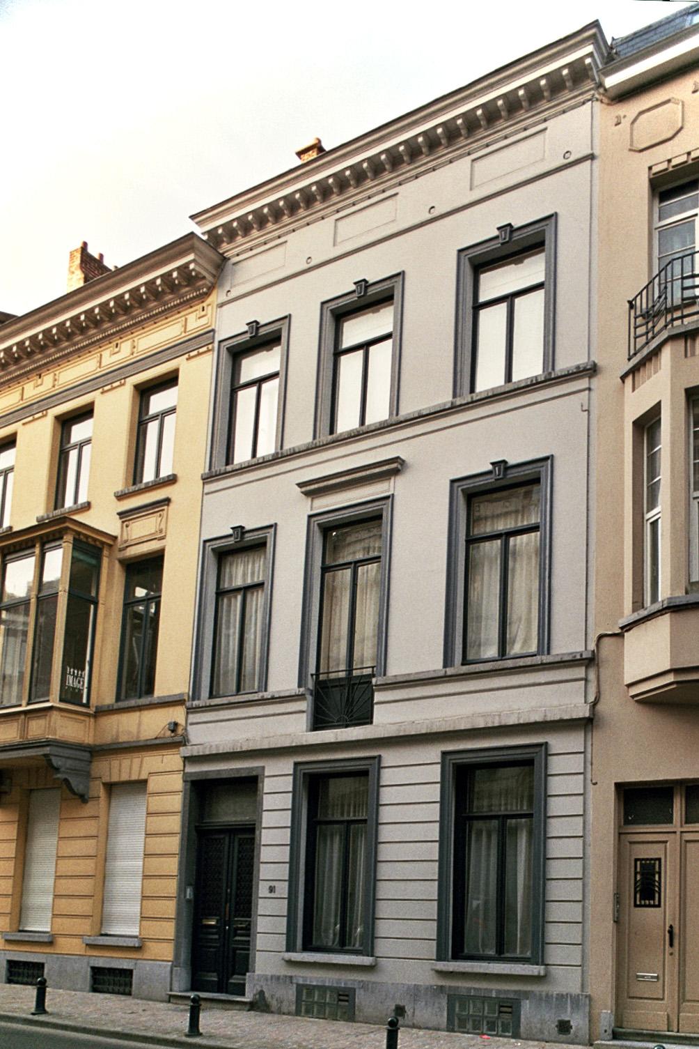 Rue de l'Arbre Bénit 91., 2009