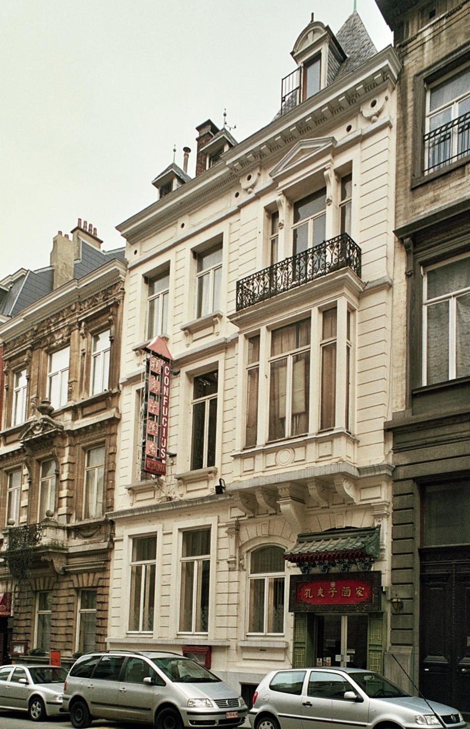 Rue Capitaine Crespel 12., 2009