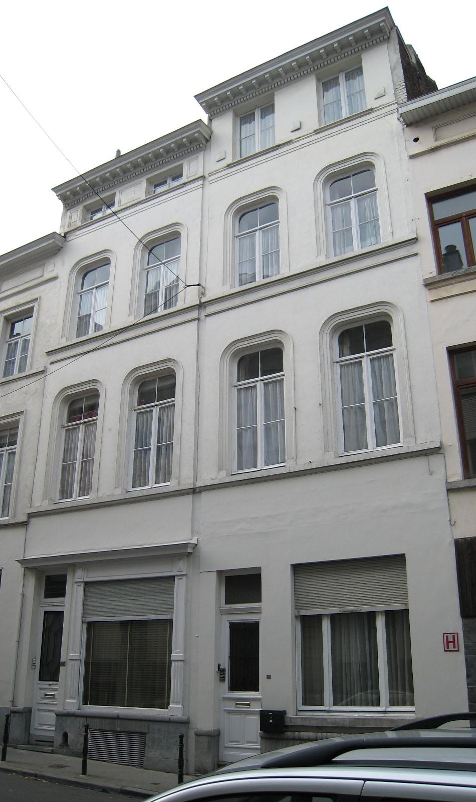 Rue Caroly 30, 32, 2007