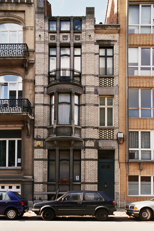 Rue Edmond Picard 11., 2006