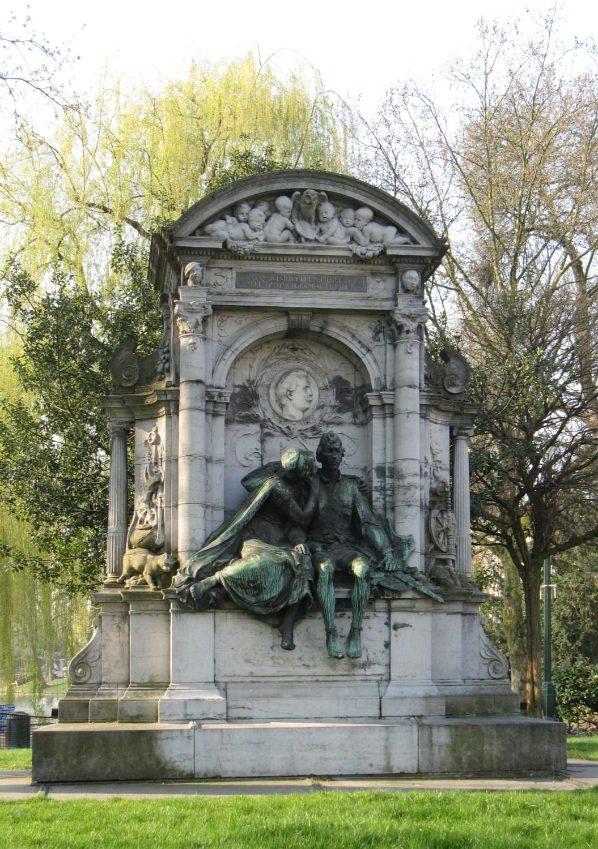 Place Eugène Flagey, monument à Charles De Coster, 2010