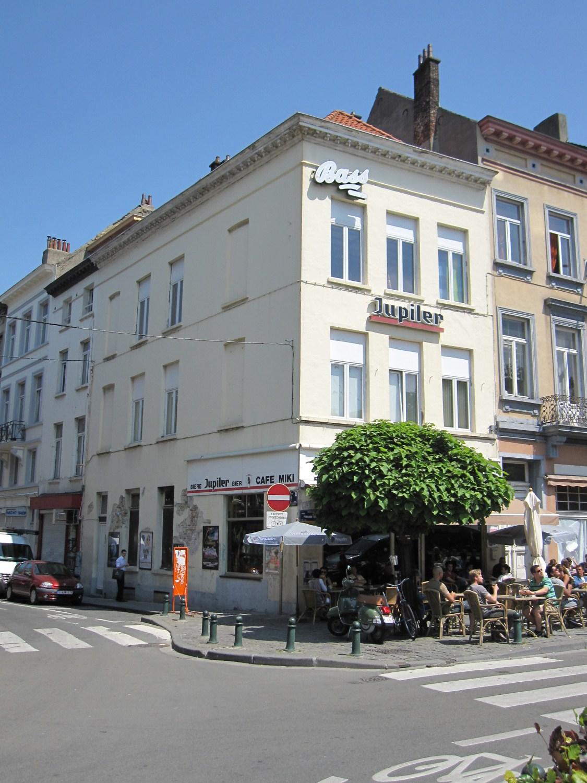 Place Fernand Cocq 25 – rue de la Tulipe 1, 2011