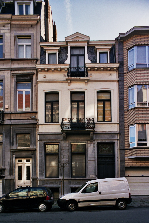 Rue Fernand Neuray 18., 2005