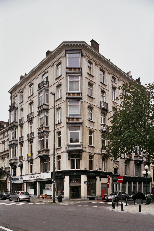 Place Georges Brugmann 1-2-3 - avenue Louis Lepoutre 107-109., 2006