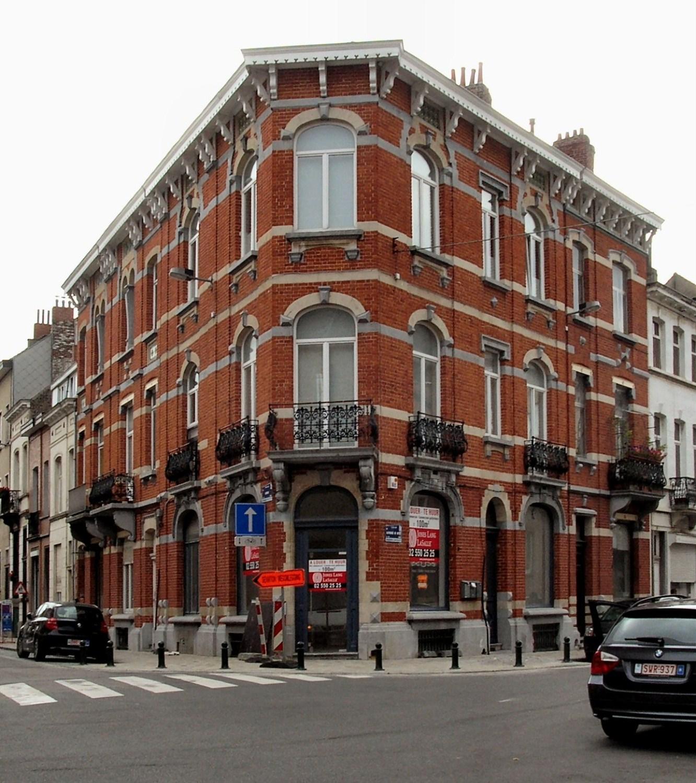 Rue Lanfray 17, 19, 15 – rue A. de Witte 44, 46, 2009