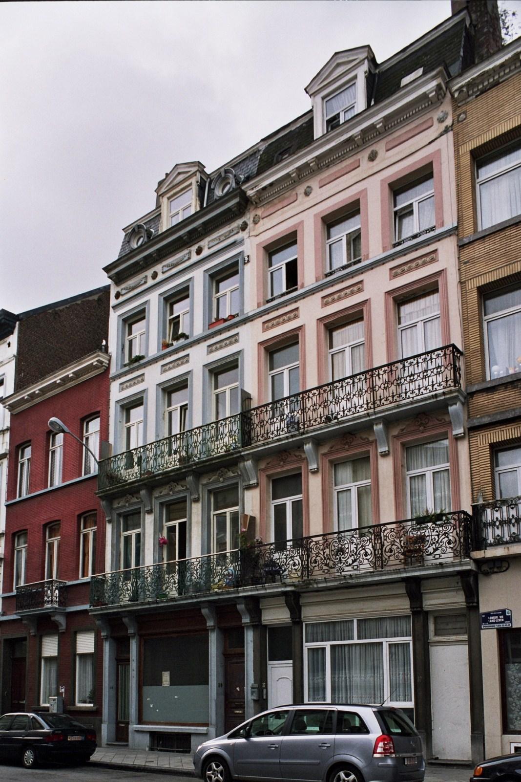Rue Longue Vie 39 et 37., 2009
