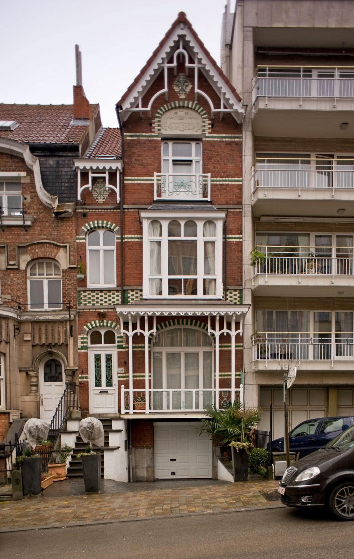 Avenue Maurice 46, 2012