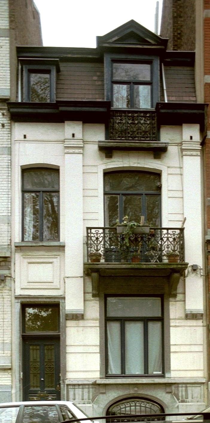 Rue Africaine 9., 2004