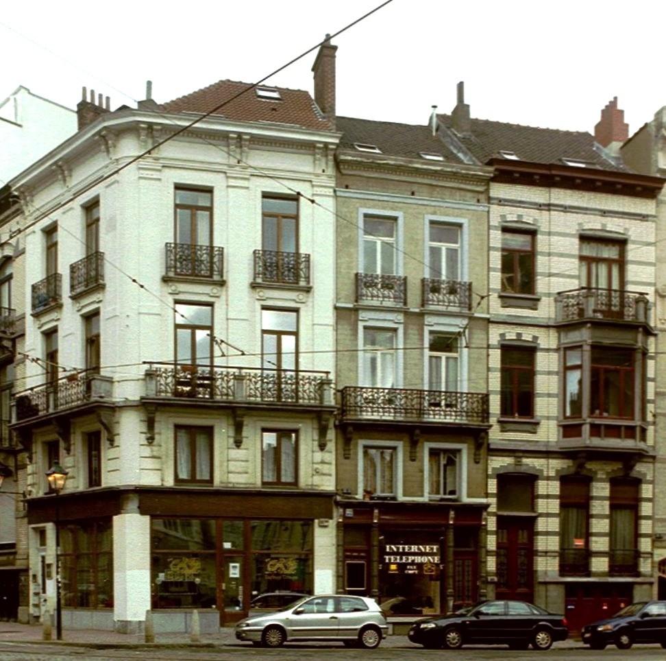 Rue de l\'Aqueduc 54 et rue Africaine 88 et 90., 2004