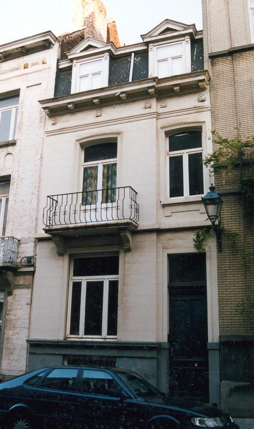 Rue d\'Albanie 28., 2002