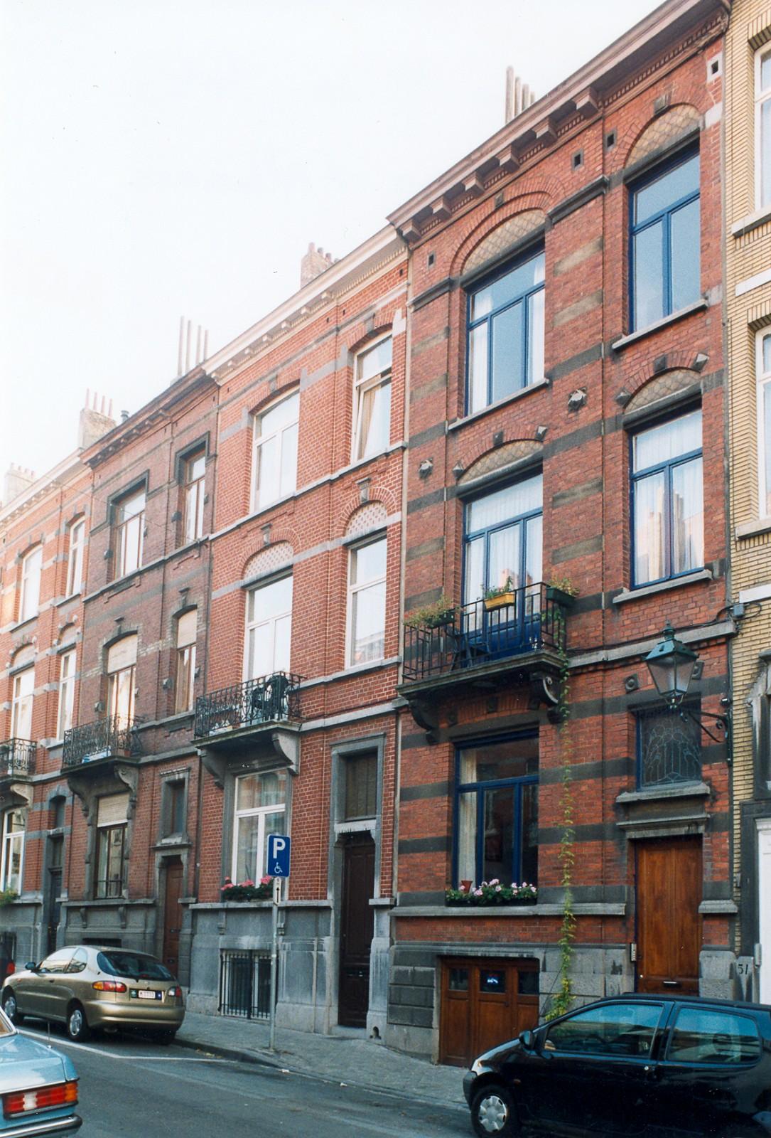 Rue d\'Albanie 57, 55 et 53., 2003