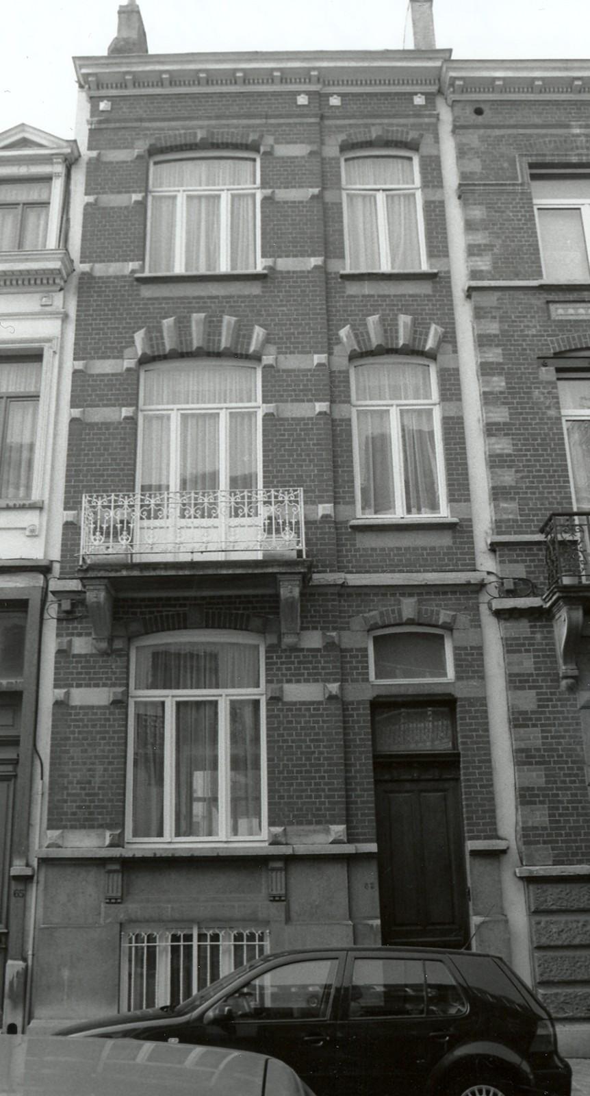 Rue d\'Albanie 63., 2002