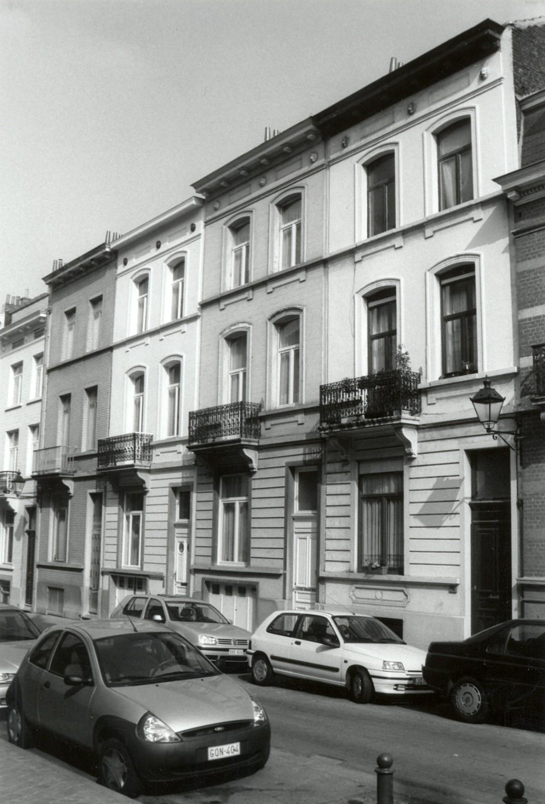 Rue d\'Albanie 66, 68 et 70., 2002