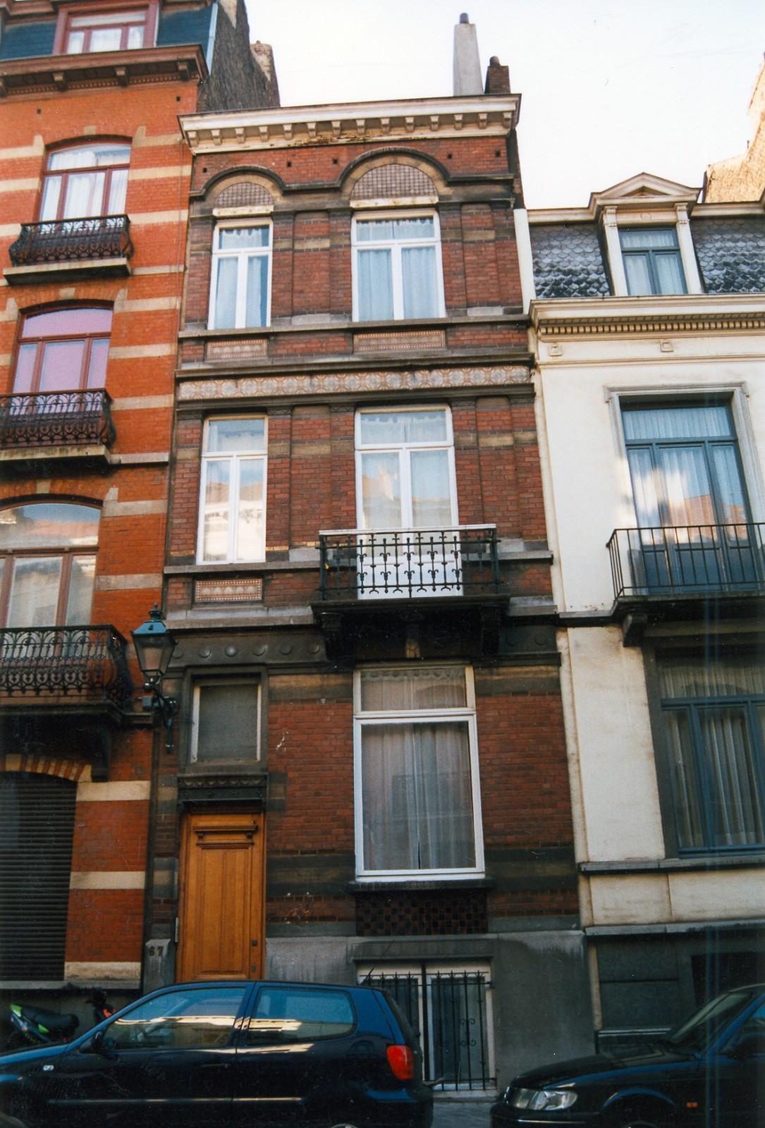 Rue d\'Albanie 67., 2002
