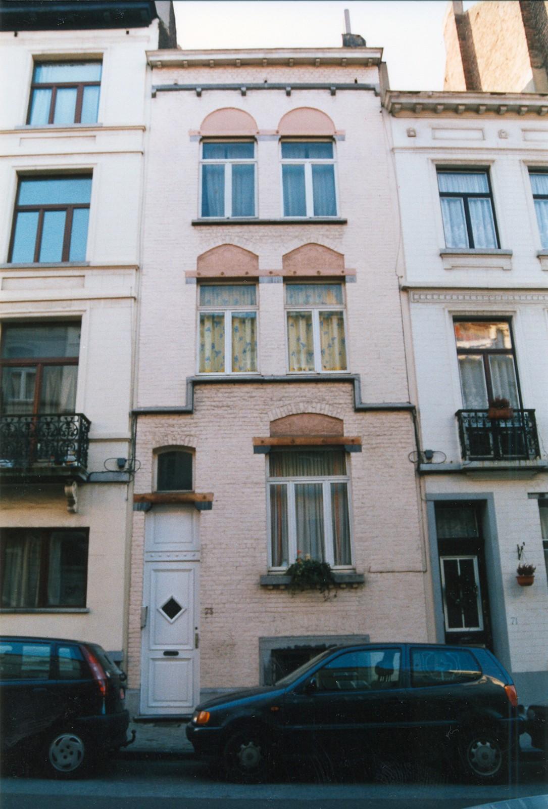 Rue d\'Albanie 73., 2002
