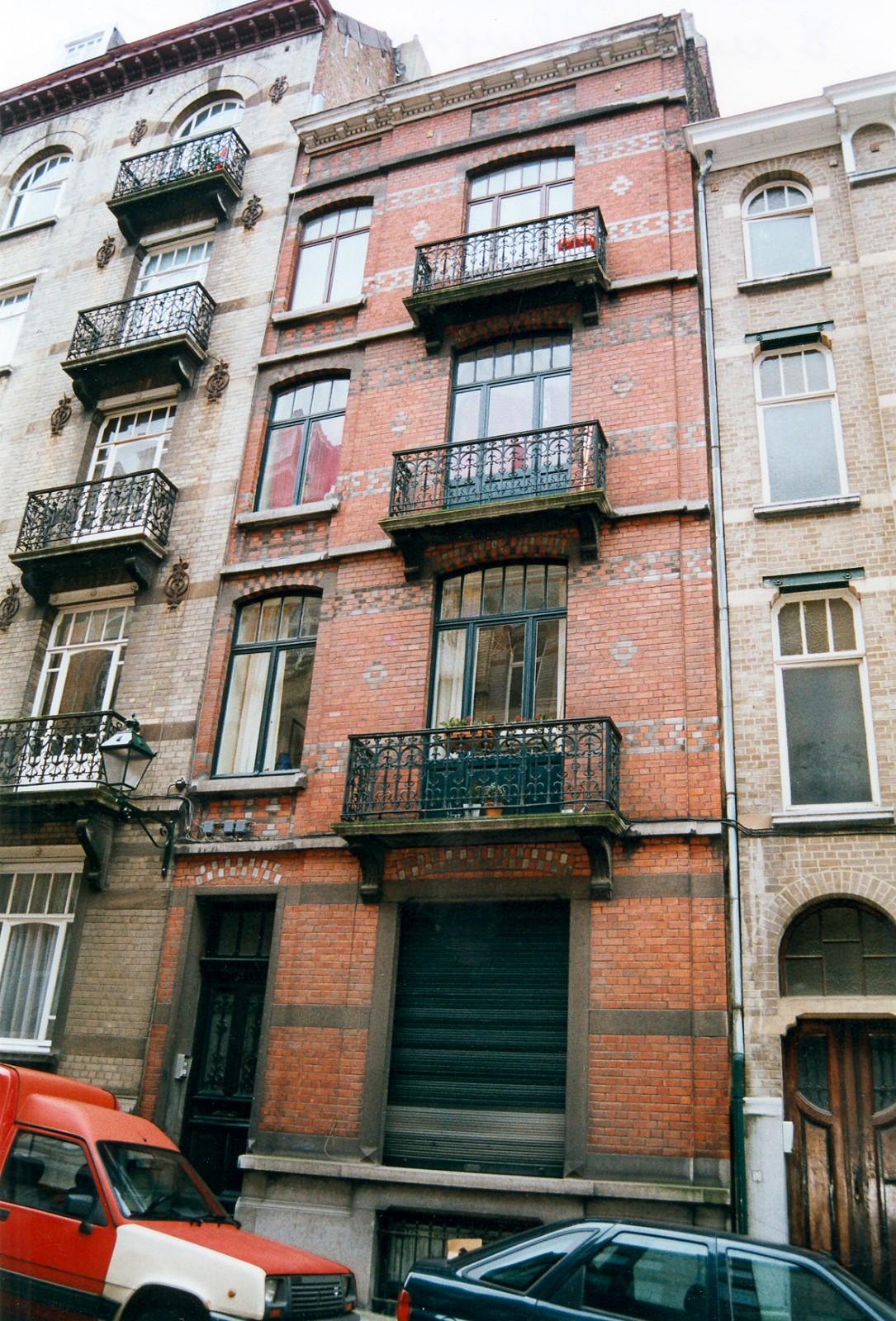 Rue Alfred Cluysenaer 8., 2003