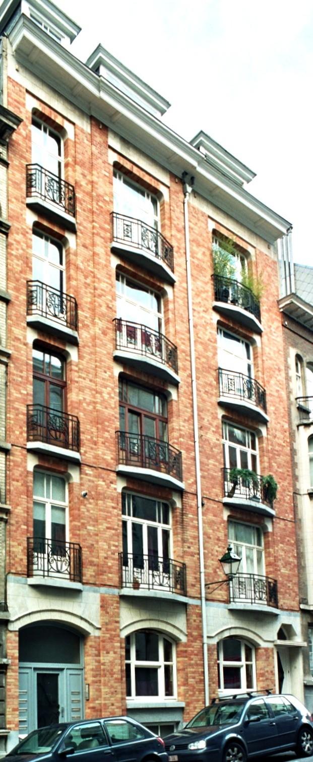 Rue Alfred Cluysenaer 13 et 11., 2004
